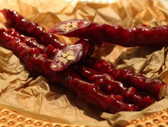 Чурчхела с грецким орехом (в гранатовом соке)