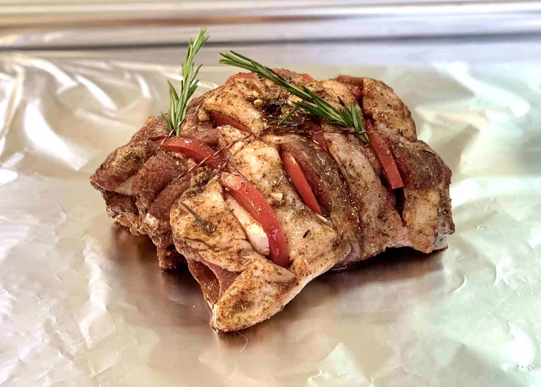 Баранина окорок на кости с курдюком и томатами, кг.