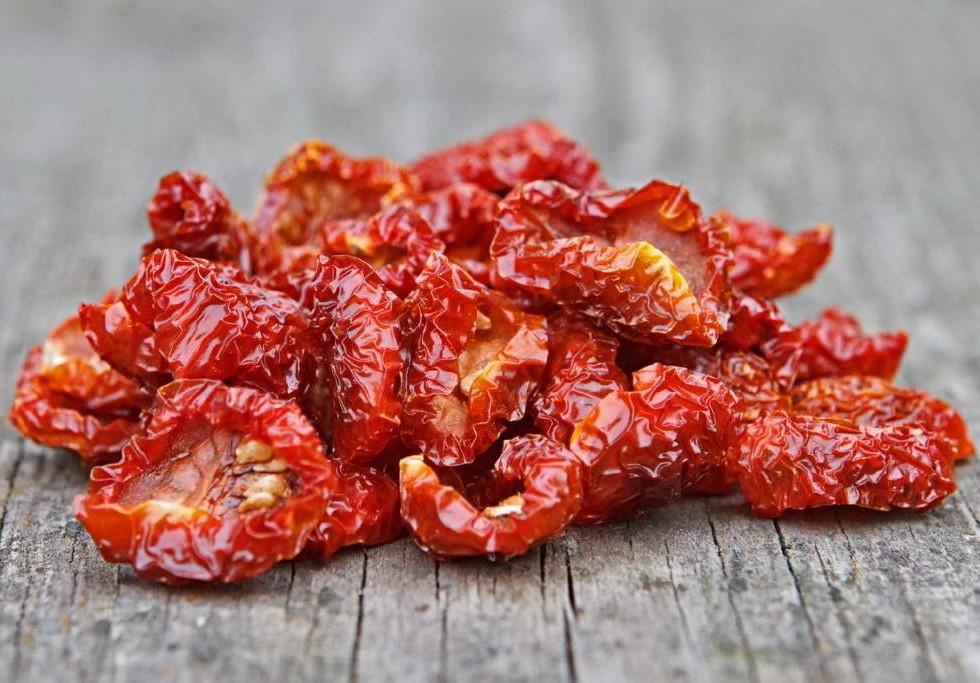Маринованные красные помидоры  1кг
